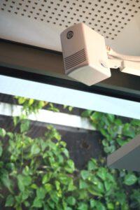 Direkt-Raumluftbefeuchter schützen vor ausgetrockneten Schleimhäuten und Virusinfektionen. Abbildung: Condair Systems