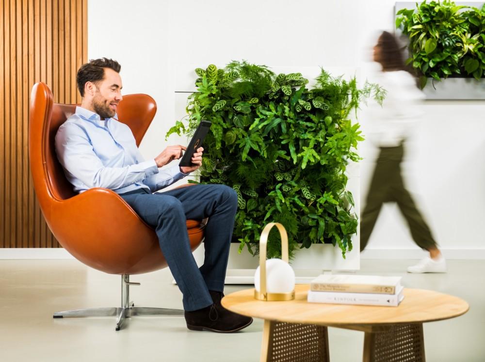 Mit dem Raumteiler lassen sich Büroräume geschickt unterteilen, um die gewünschte Distanz und Privatsphäre zu schaffen. Abbildung: Mobilane