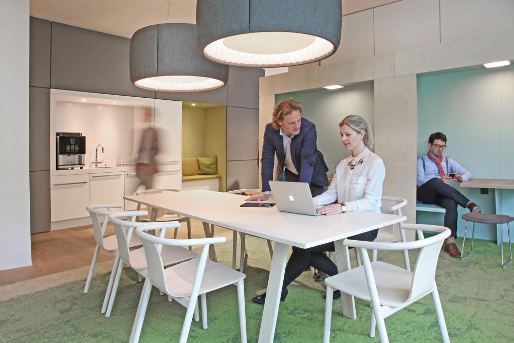 Das OffX bietet ganz unterschiedliche Arbeitsbereiche – passend für jede Tätigkeit.