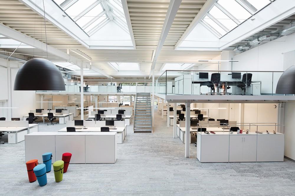 Lagerhalle wird zu Office-Landschaft
