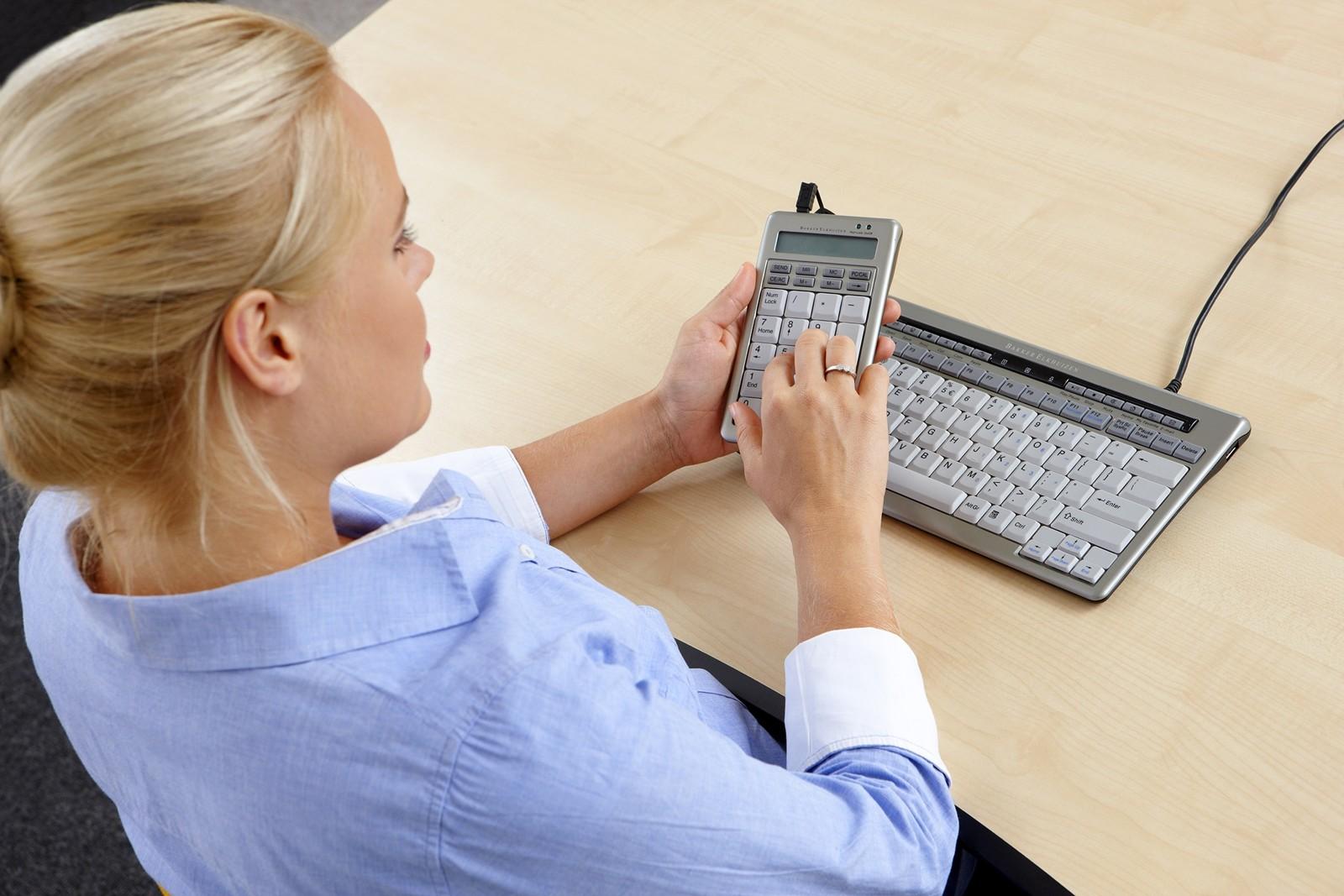 Kompakte Tastatur S-Board-840 von BakkerElkhuizen