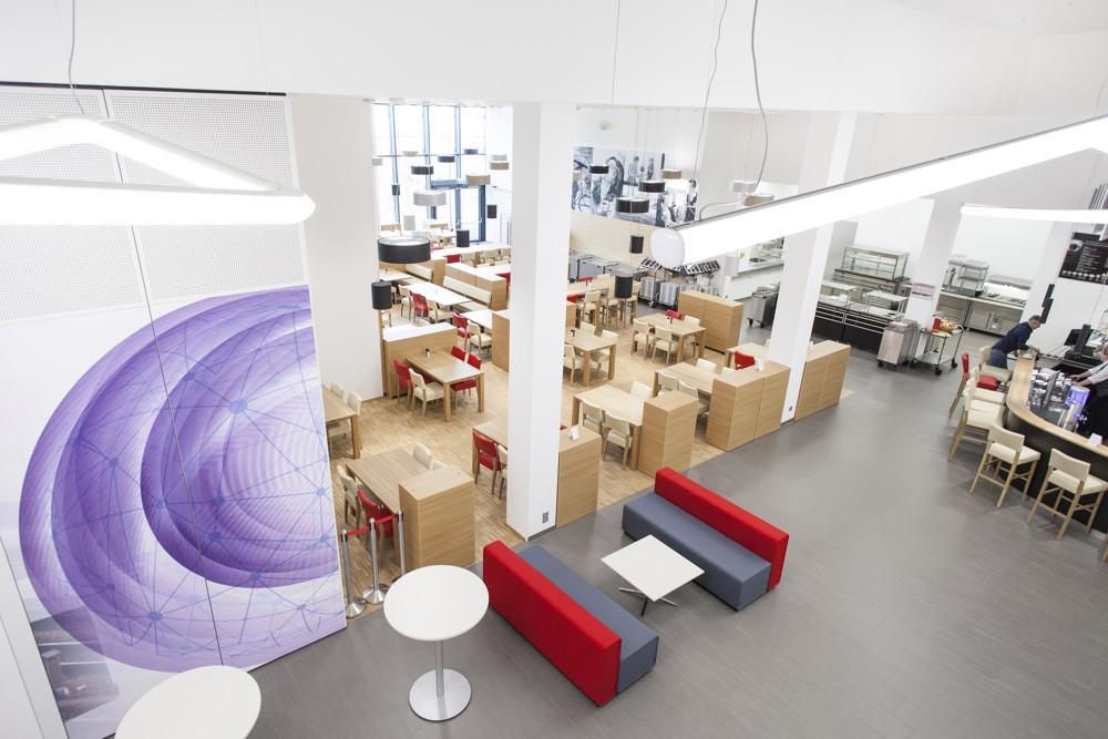 Restaurant und Café sind öffentlich zugänglich. Foto: M.O.O.CON/Walter Oberbramberger
