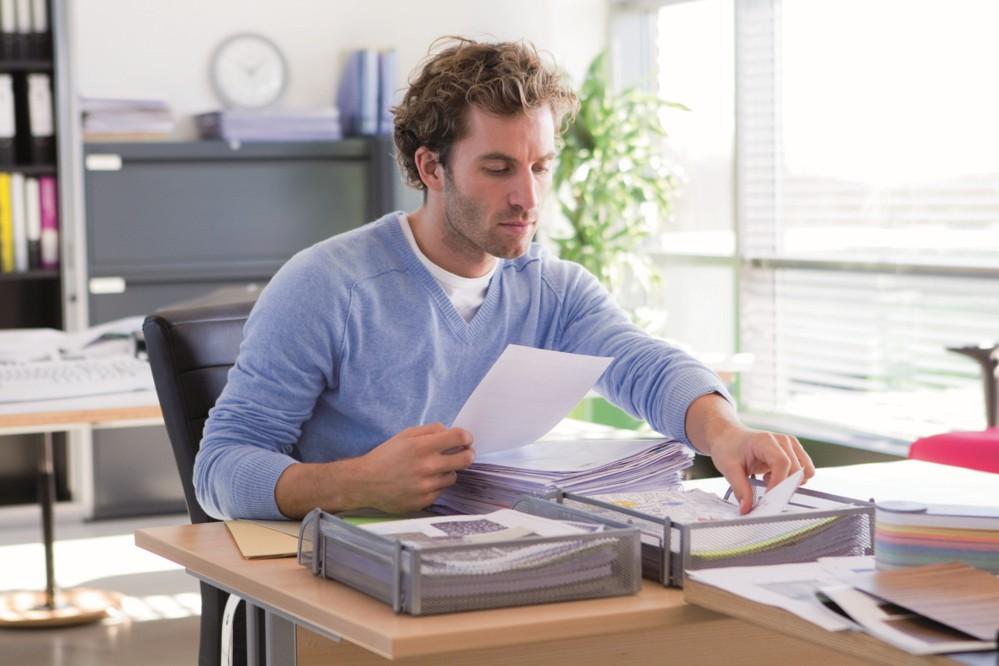 Bei Korrespondenz mit Geschäftspartnern sollte eine hochwertige Papiersorte verwendet werden.