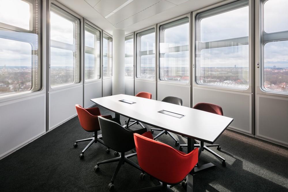 Besprechungsbereich in einer der Gebäudespitzen. Foto: HypoVereinsbank/HGEsch
