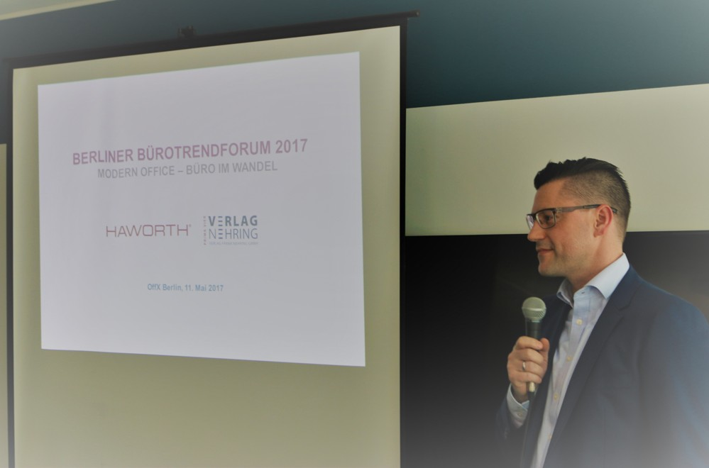 Dr. Robert Nehring moderierte das Berliner Bürotrendforum 2017.