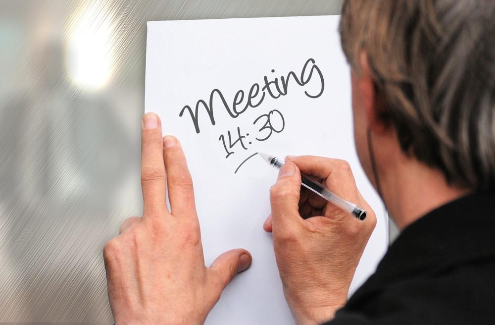 Meeting-Tipp: Pünktlichkeit