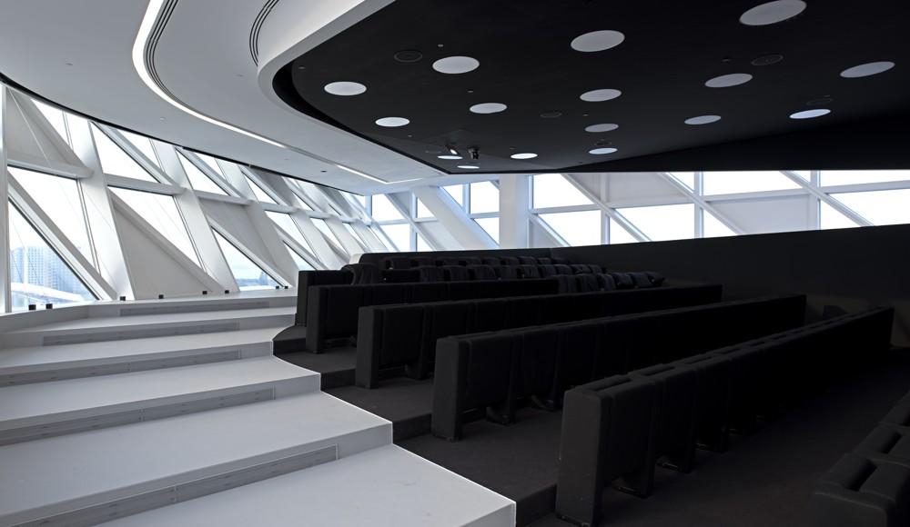 Das Auditorium ist für 90 Personen ausgelegt. Foto: Tim Fisher
