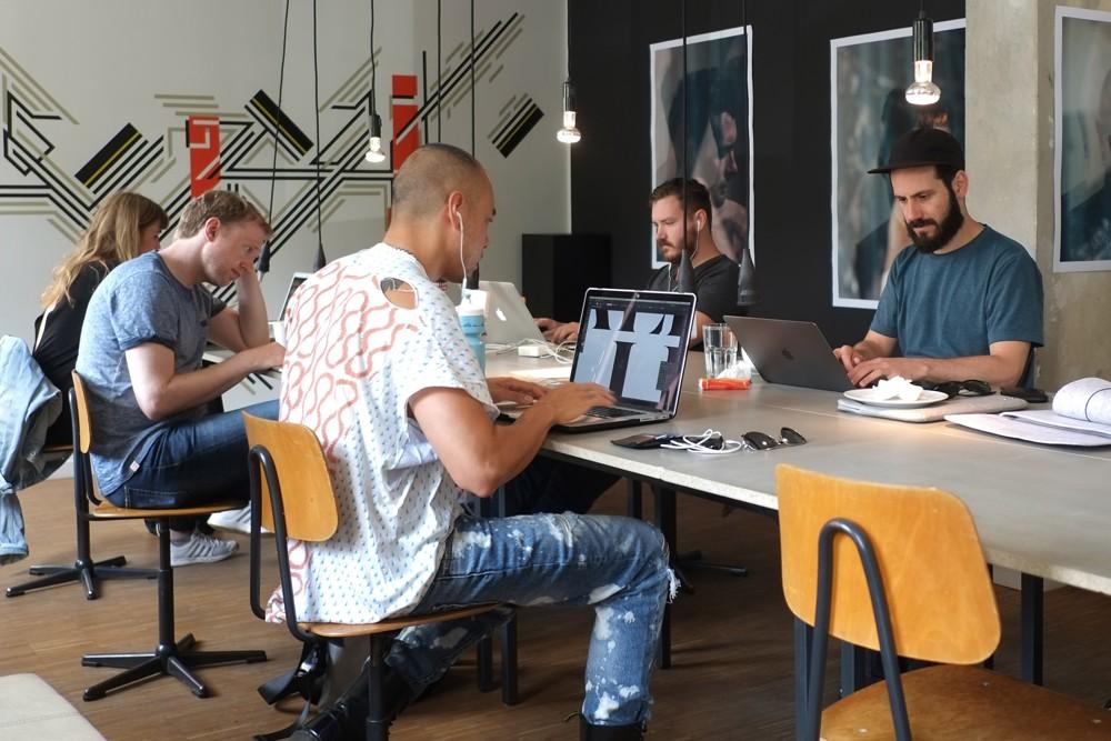 Coworking mit Kultstatus: das St. Oberholz. Foto: Andreas Louca