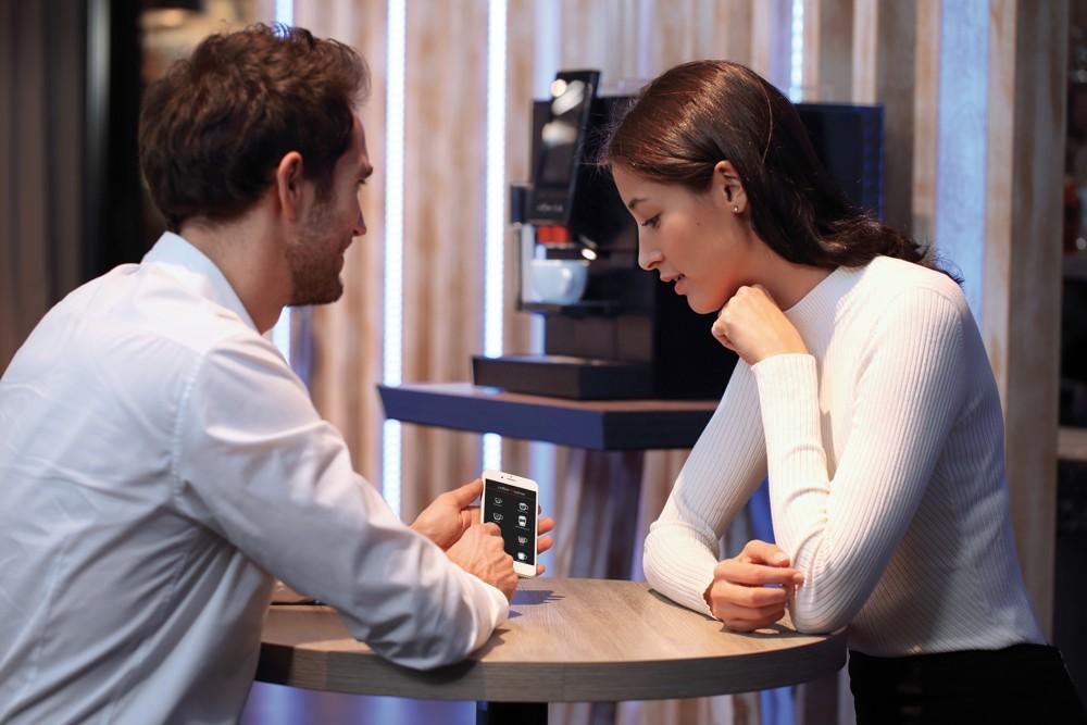 Per App können jederzeit individuell zusammengestellte Kaffeespezialitäten abgerufen werden.