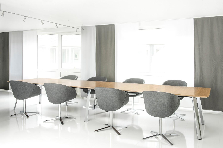 Grand Table von Brune.