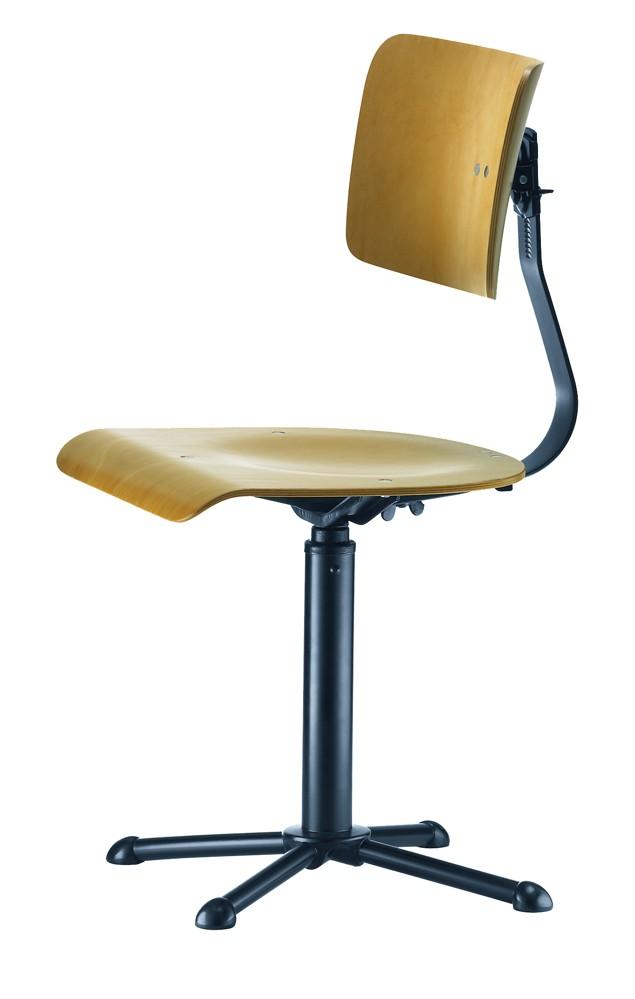 """Modell des """"Reichspost-Stuhls"""" von Drabert (1922), dem ersten nach einer DIN gefertigten Bürodrehstuhl. Foto: Hersteller"""