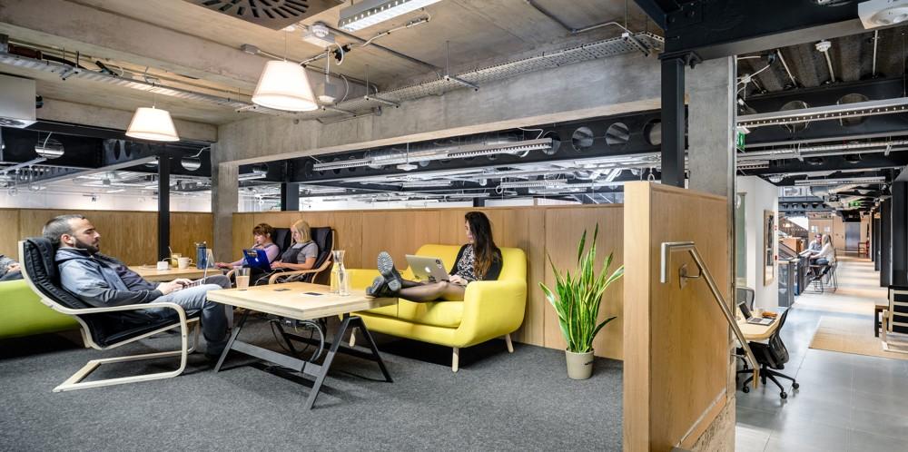 Teil des Bürokonzepts: viele verschiedene Loungebereiche. Abbildung: Donal Murphy