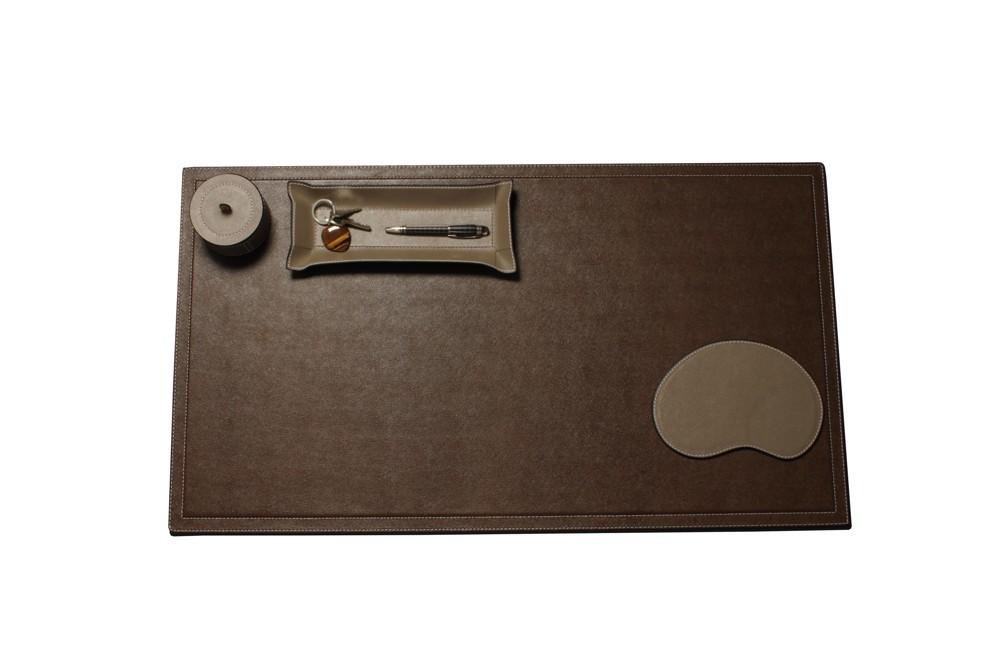 Schreibtischauflage von Bhome Interiors. Abbildung: desiary.de – Fine living accessories