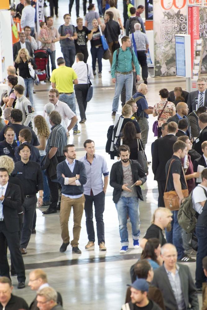 Erwartet werden rund 300 Aussteller aus 17 Ländern, 12.000 Fachbesucher und 1.000 Kongressteilnehmer aus Deutschland, Österreich und der Schweiz.