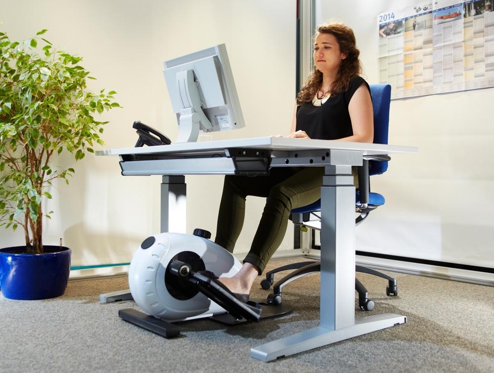 Bewegung am Schreibtisch tut Körper und Seele gut