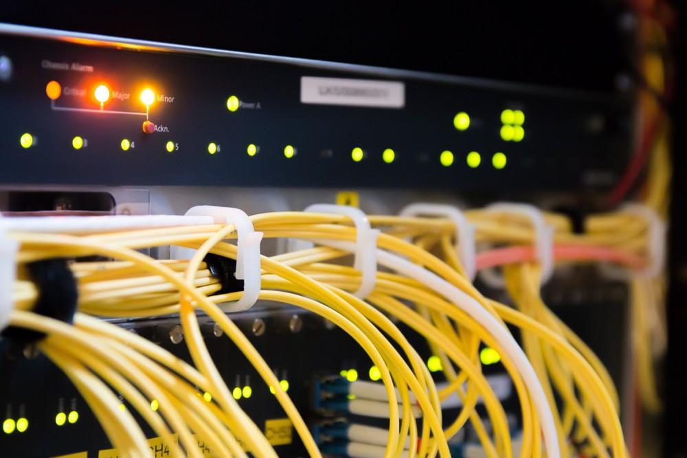 Oft eine Herausforderung für KMUs: eine passende Netzwerklösung zwischen Low End und High End zu finden. Abbildung: Pixabay