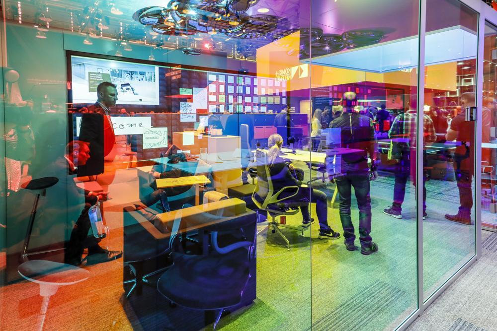 Vom 23. bis 26. Oktober hat in Köln wieder die Büroeinrichtungsmesse Orgatec stattgefunden. Die OFFICE-ROXX-Redaktion bietet Ihnen einen Highlight-Wegweiser durch den Messedschungel.