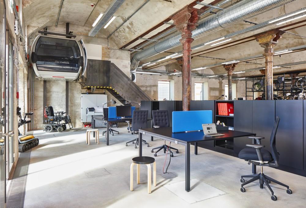 Büros werden zu Laboren für neue Ideen.  Abbildung: Ottobock Human Mobility, ©Vitra