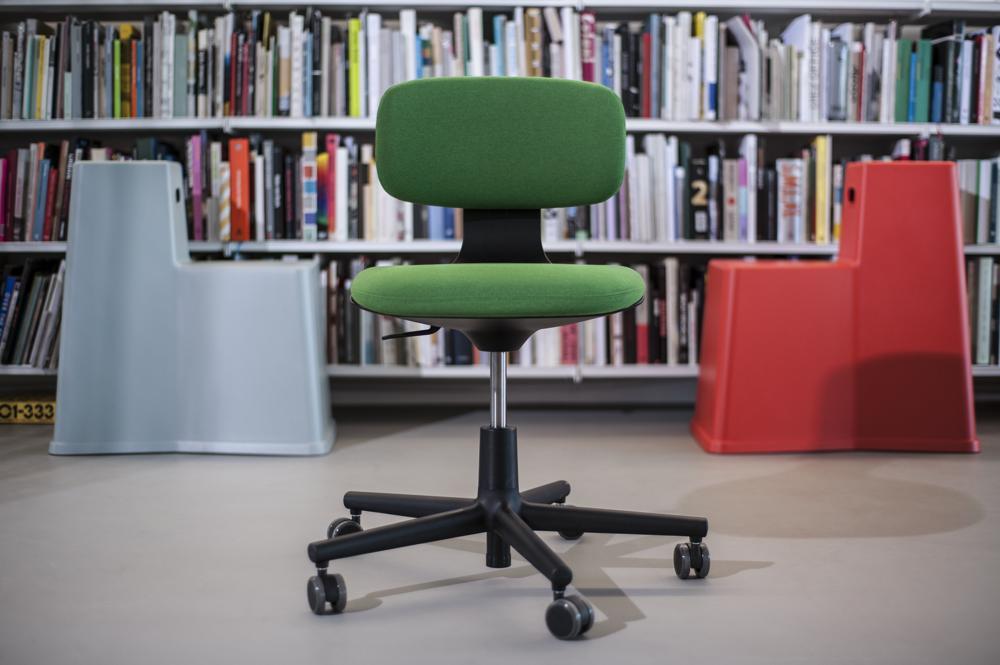 Halle 5: Rookie Chair von Vitra. Abbildung: Vitra