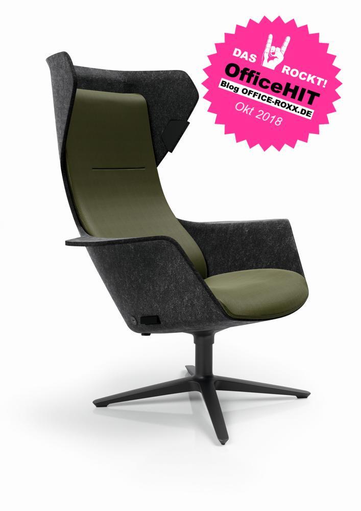 Halle 6: Sessel WOOOM von Klöber – dank Massagefunktion, Sitzheizung und Beleuchtung OfficeHIT der Orgatec. Abbildung: Klöber
