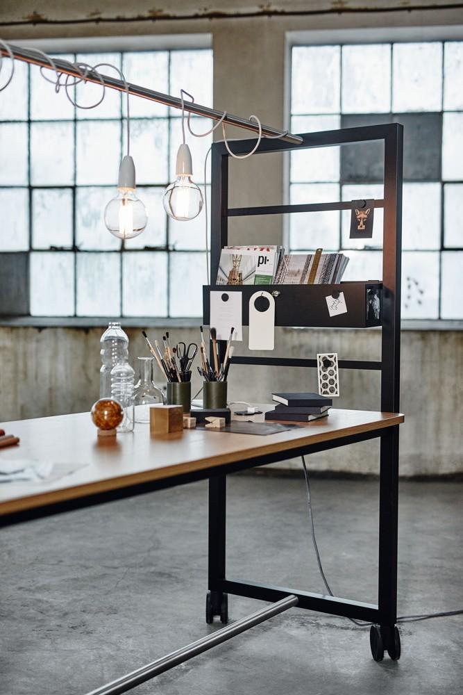 Der Arbeits- und Konferenztisch Vagabond lässt sich leicht im Raum verschieben. Abbildung: Kinnarps