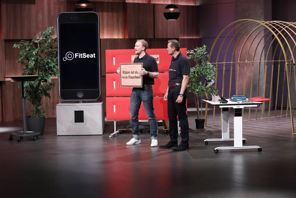 Die Löwen bissen zwar nicht zu, für FitSeat hat sich der Auftritt im Fernsehen dennoch gelohnt.  Abbildung: FitSeat/Die Höhle der Löwen (Vox) (c) MG RTL D Frank Hempel
