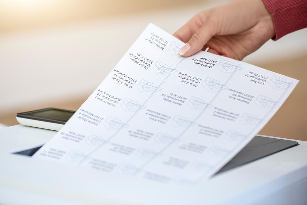 Für ein perfektes Bedrucken jedes einzelnen Etiketts. Abbildung: Avery Zweckform