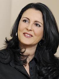 Amel Lariani
