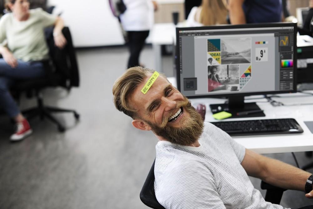 Entscheidend für eine gute Unternehmenskultur: glückliche Mitarbeiter. Abbildung: Pixabay