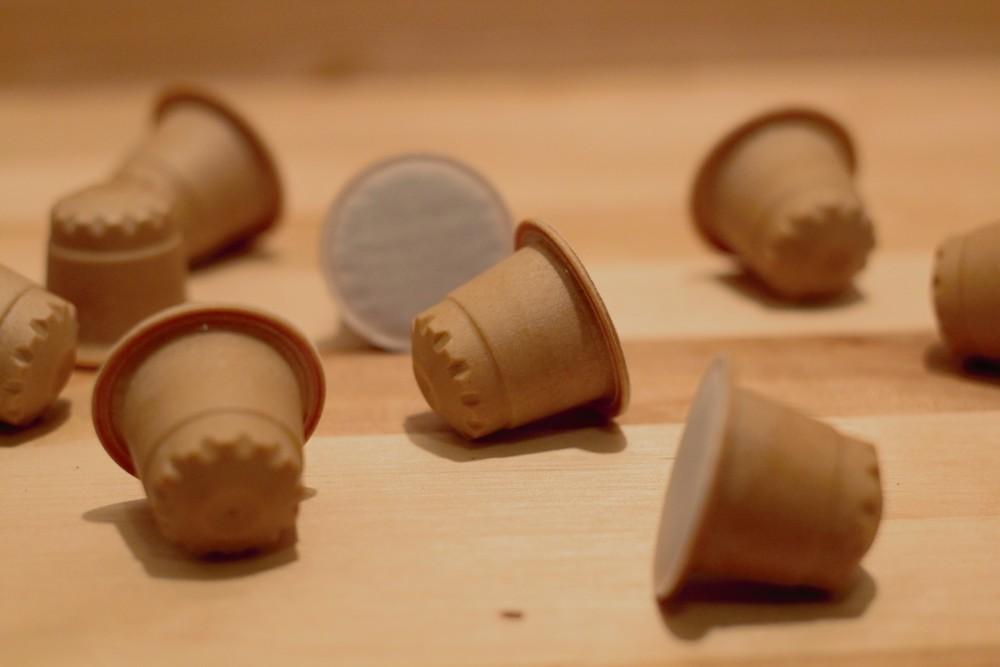 rezemo stellt Kaffeekapseln aus Holz her. Abbildung: rezemo
