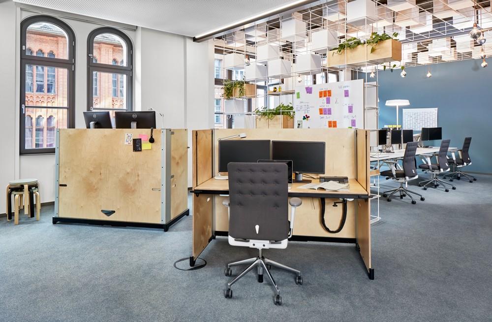 Flexible Büroaustattung dank ID Trim und Hack von Vitra. Abbildung: Vitra