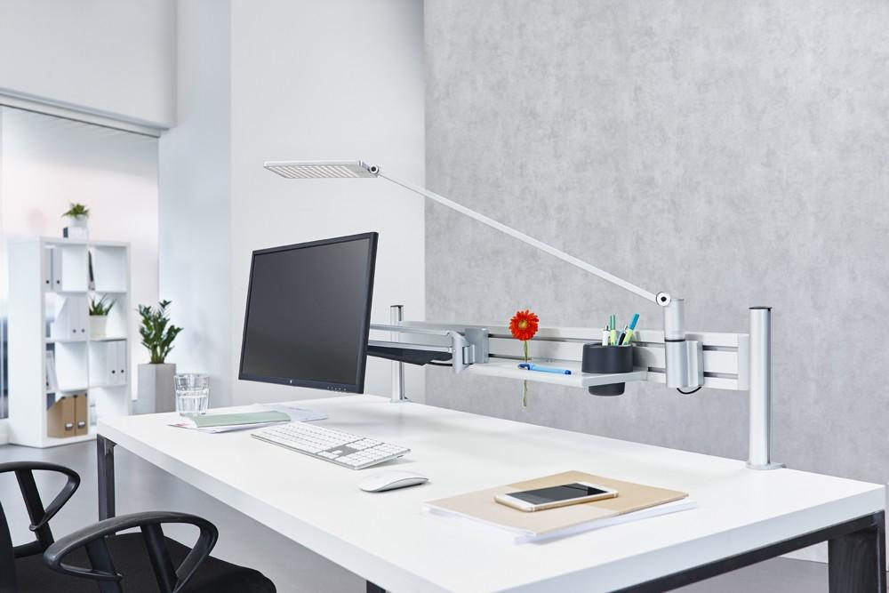 Schaffen Sie mehr Raum am Arbeitsplatz mit dem Novus-Mehrplatzsystem.