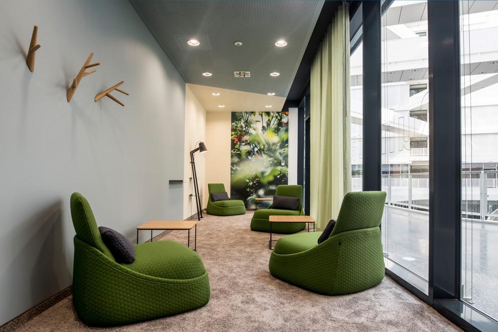 Chillen in grüner Atmosphäre, um die Kreativität anzufachen. Abbildung: aib GmbH, Duisburg, Markus Heinbach
