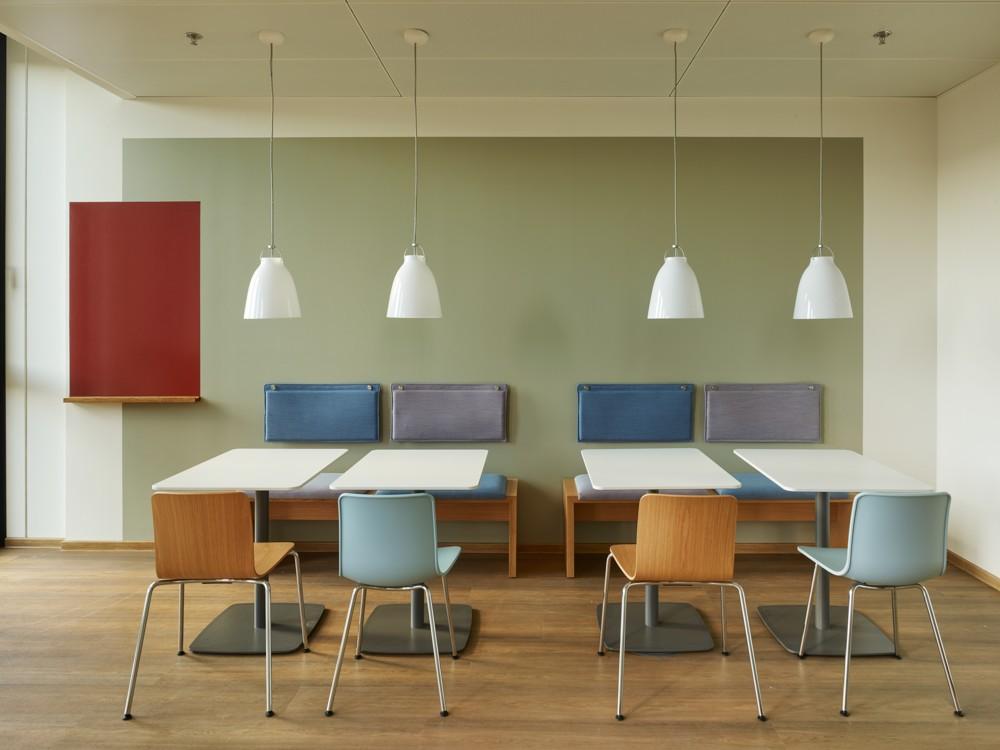 Räume für gemeinsame Ideenfindung mit Wohlfühlcharakter. Abbildung: aib GmbH, Duisburg, Roland Halbe