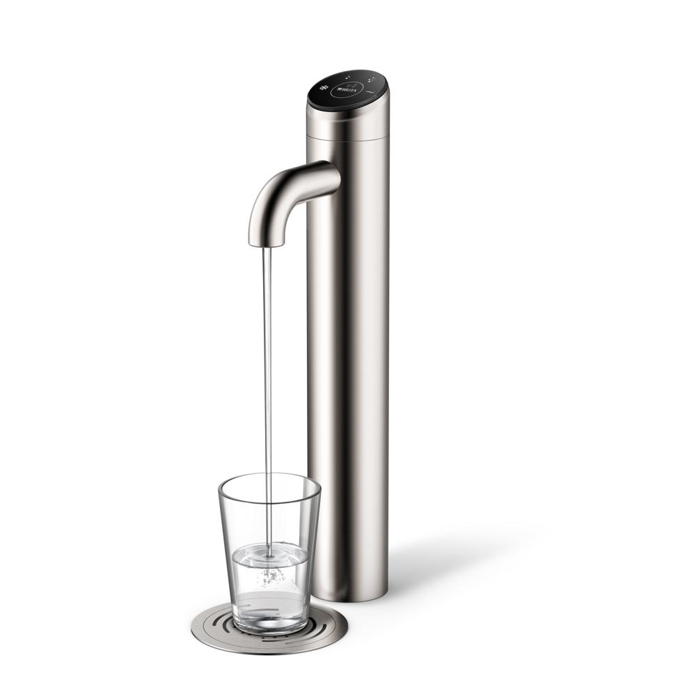 Der BRITA-VIVREAU-Wasserspender Extra passt perfekt in jede Umgebung. Sichtbar ist nur der puristische Hahn, alles andere wird im Unterschrank verbaut.  Abbildung: BRITA Vivreau