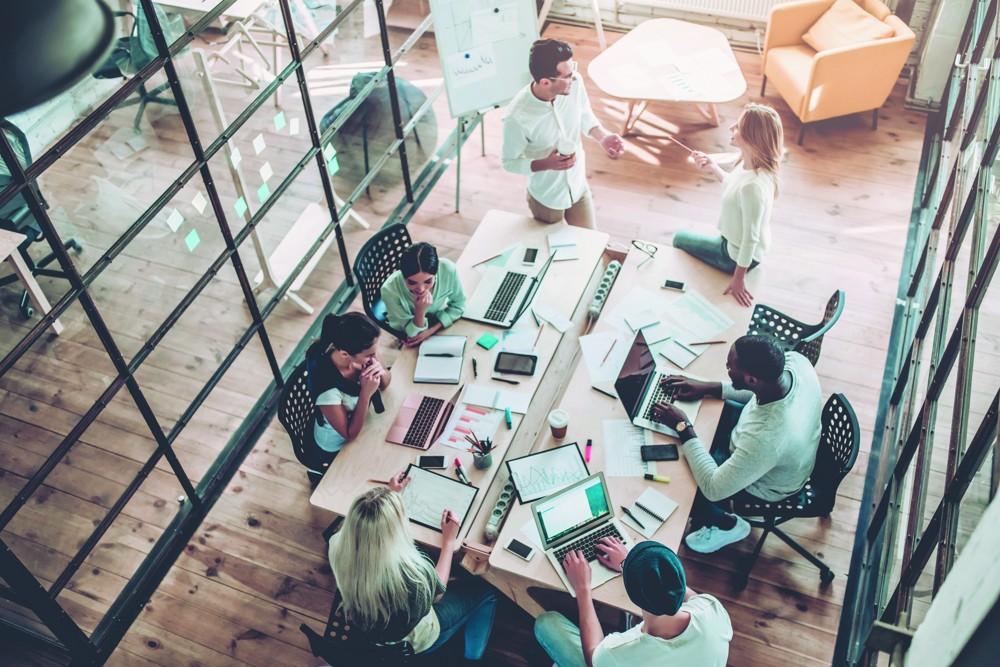 """Das Sortiment """"ClassicLine"""" enthält 2.500 Produkte aus dem Bereich Büroeinrichtung, Büromöbel und Konferenzausstattung, die immer vorrätig sind."""