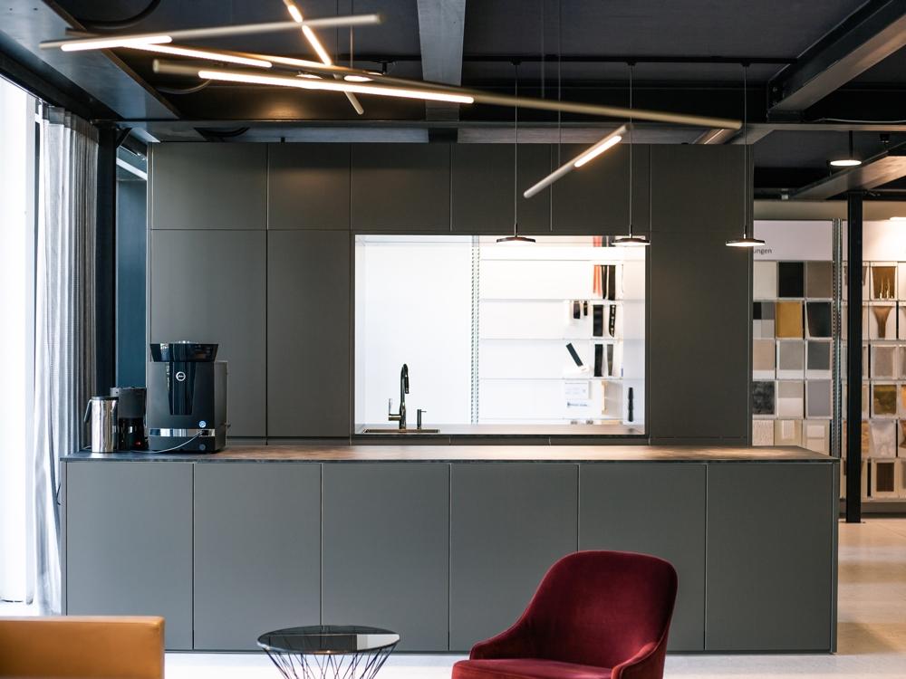 Gemütliches Ambiente im Café-Bereich. Abbildungen: Raumprobe
