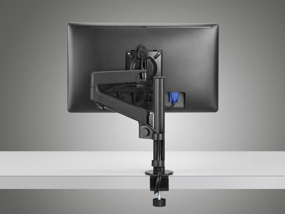 Die ergonomische Positionierung erfolgt mit dem patentierten Druckknopfmechanismus.