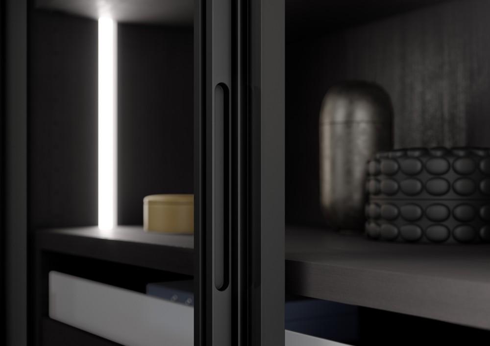 Die Türen haben entweder Quadergriffe mit Hohlkehle oder eingelassene Griffprofile.   Abbildung: raumplus