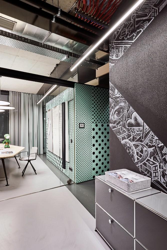 Farben, Texturen und Materialien geben dem Workspace einen einzigartigen Look. Abbildung: blocher partners, Joachim Grothus