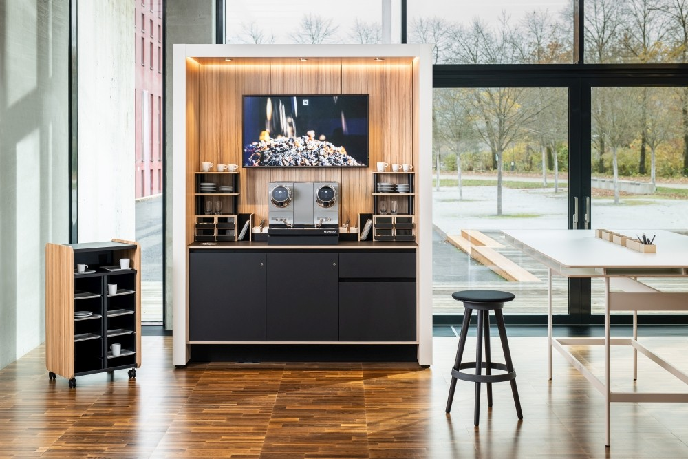 Coffee Noox von Bene. Abbildung: Bene/Dominique Sixtenberger