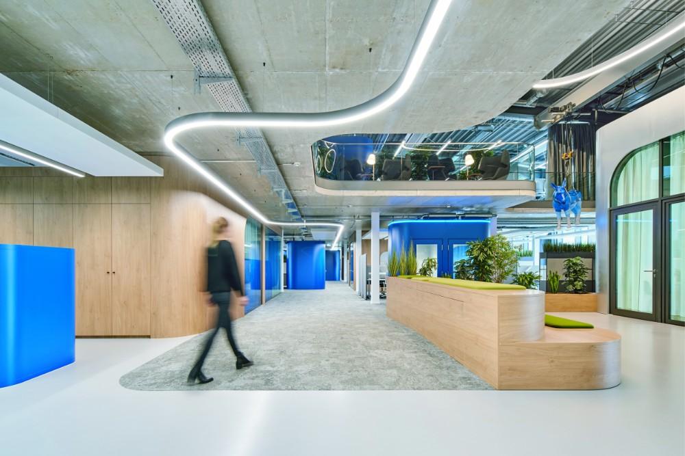 Industrielook kombiniert mit moderner Arbeitsumgebung. Abbildung: Annika Feuss, bkp GmbH