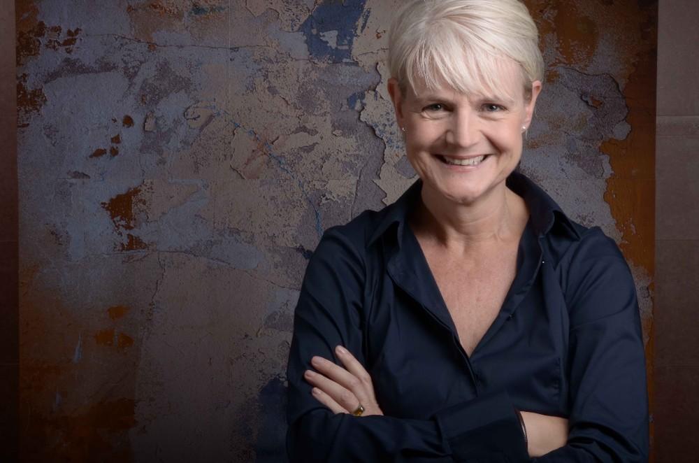 Petra Balzer. Als Katharina Münk hat die Expertin für Office-Management bereits viele Bestseller veröffentlicht. kmesc.de Abbildung: Geiger Images