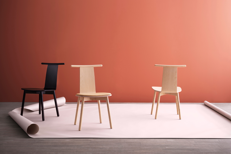 Der Holzstuhl Twig von Skandiform hat den German Design Award gewonnen. Abbildung: Kinnarps