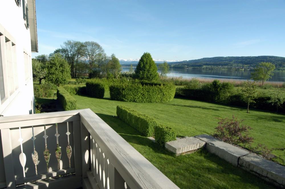 Haus am See: Albert Denz lebt und arbeitet am Greifensee. Abbildung: Albert Denz