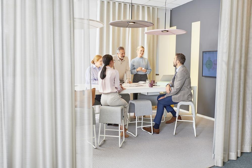 Moderne Büroarbeit erfordert die passende Ausstattung. Abbildung: Kinnarps