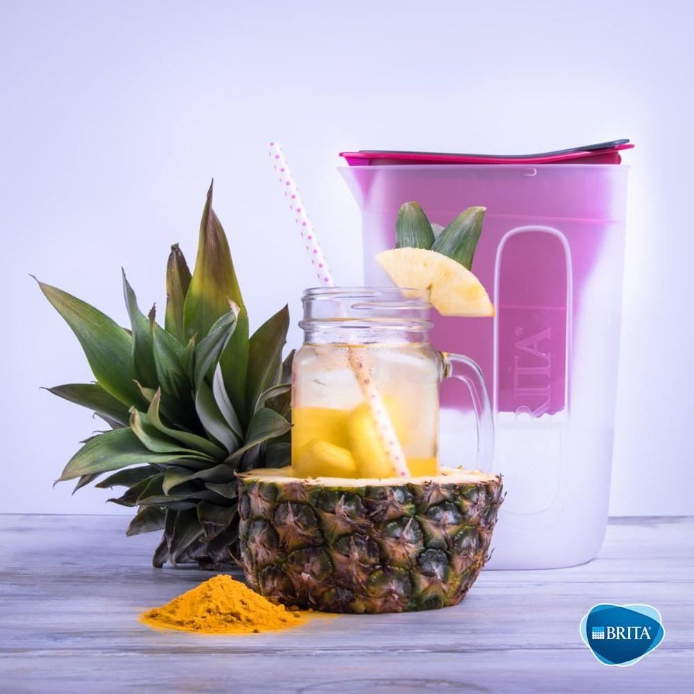 Mit Wasser, Ananas und Zitrone ein idealer Durstlöscher für den Sommer. Abbildung: Brita