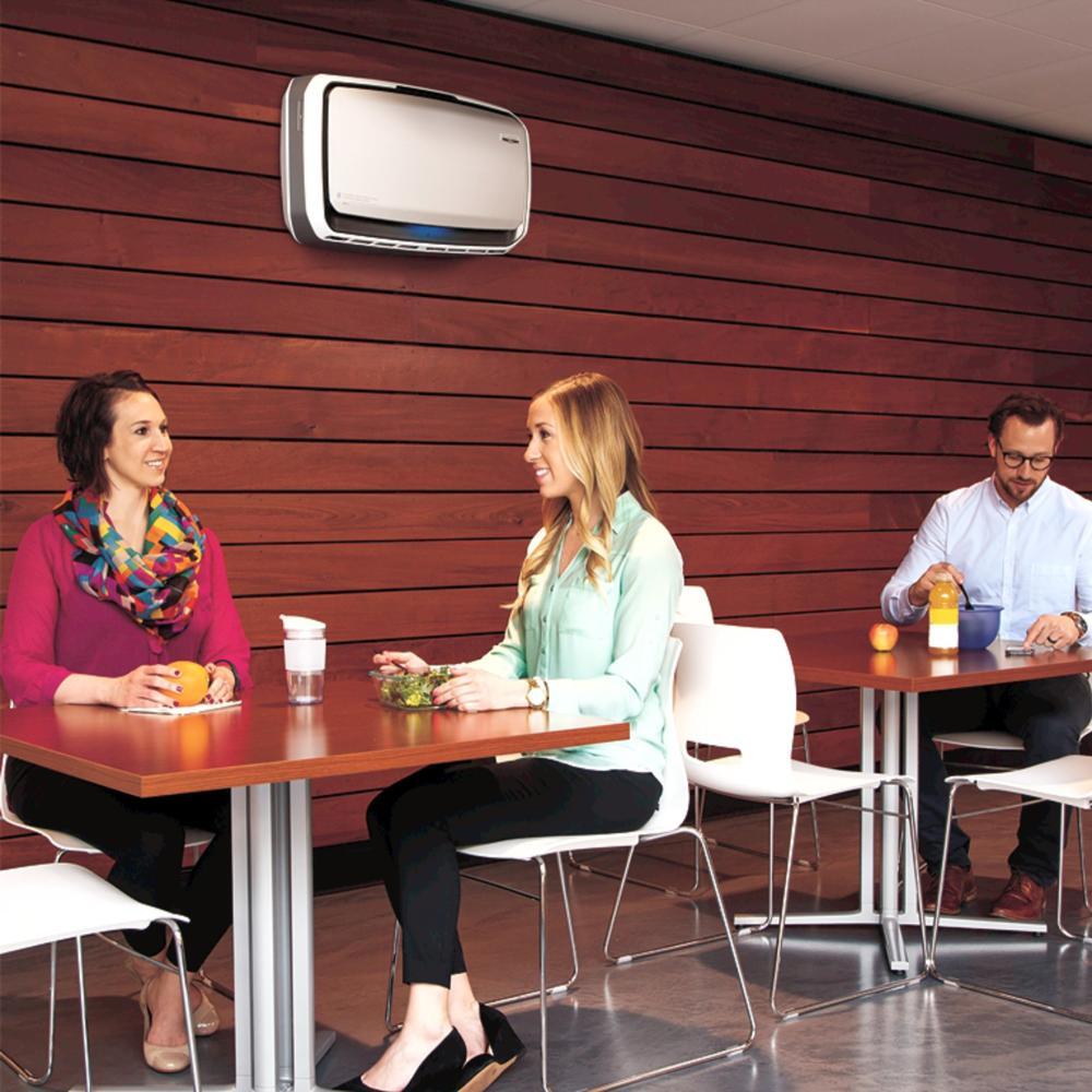 Die leicht an der Wand zu montierenden AeraMax-Geräte sorgen für hohe Luftqualität in Aufenthaltsräumen. Abbildung: Fellowes