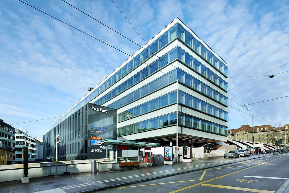 """Die """"Welle7"""" verbindet Gastronomie, Bildung, Dienstleistungen und Business in bester Lage gleich am Hauptbahnhof von Bern. Abbildung: Schulte Elektrotechnik"""