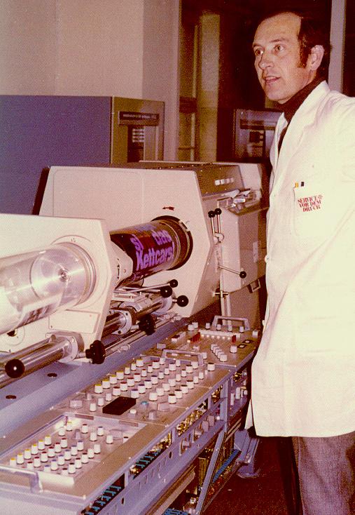 Der Chromagraph war im Jahr 1965 der erste vollständig digitale Scanner. Abbildung: dbenzhuser, Wikimedia Commons